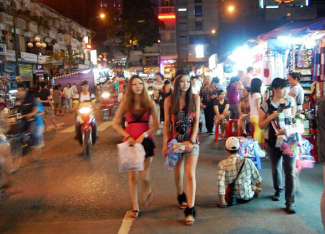 saygon gece pazarı