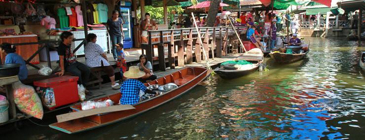 Taling Chan yüzen çarşısı