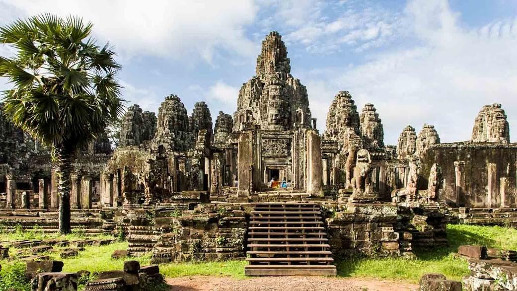 cambodia-angkor-wat-1500x850__3_